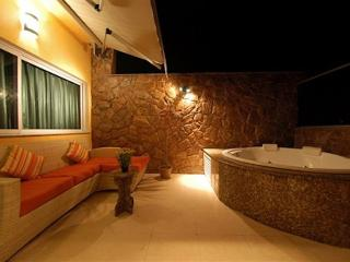Luxury 3 Bdr/2Bath (1 suite) PentHouse With Private Pool in Copacabana, Rio de Janeiro
