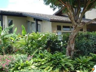 Light, Bright & Airy 3 Bedroom Princeville Townhom