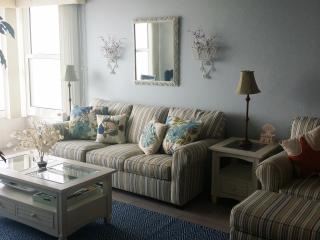 Living area, newly furnished!