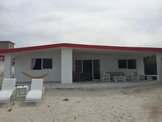 Hermosa y Tradicional Casa de Playa en Chelem!, Progreso