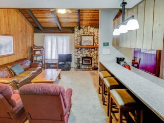 Sunshine Village #170, Mammoth Lakes