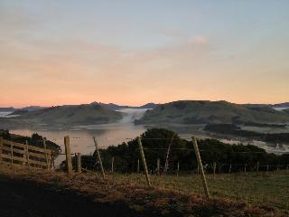 Amazing views, farm and wildlife, Portobello