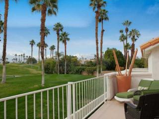 Desert Falls Country Cub: Serene & Great Mountain Views!!! Tennis & Fitness
