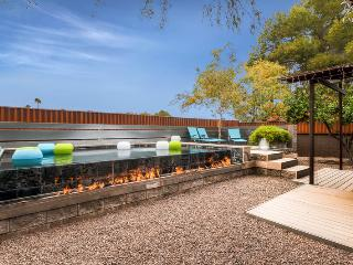 PX020 Luxury 4BR w Infinity Pool, Scottsdale