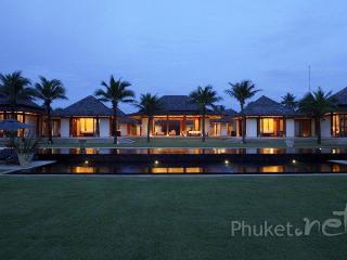 Stunning Beachfront Villa in Natai, Khok Kloi