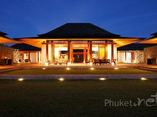 Spectacular 6-Bed Beachfront Villa, Khok Kloi