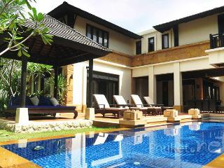 Delightful 4-Bed Pool Villa in Bangtao, Chalong