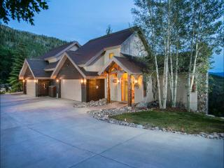 1 Night Free for Week-long Rentals in Summer - Luxurious Amenities, Private Shuttle in Winter (10009), Steamboat Springs