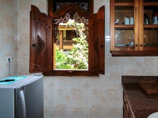 Small Kitchen, Sawo Apartment 2, Murni's Houses, Ubud, Bali