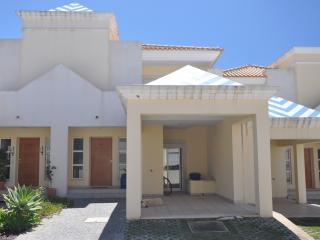 Beautiful villa in small complex for 6 persons