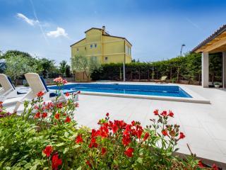 Villa Alba 2+2 standalone house