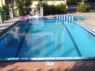 Villa Dimosthenis 4 rooms with pool,Wifi internet
