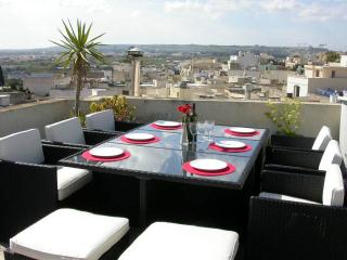 3 Bedroom Apartment, Naxxar