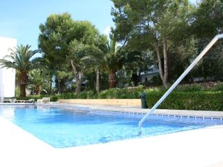 Refurbished apartament 100 m. from sea, Cala Ferrera