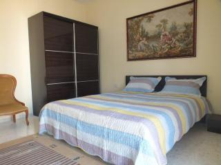 New flat 1 min away from the beach with free WI, Marsascala