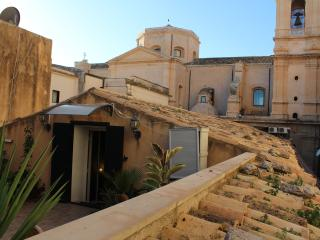 Studio apartment in the heart of Noto's Baroque