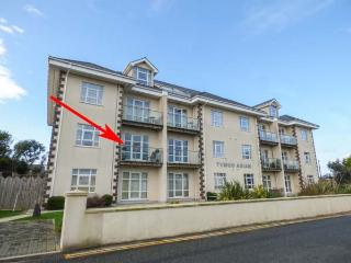 LINKSWAY, first floor apartment, en-suite, WiFi, shared games room and gym, pet-friendly, in Morfa Nefyn, Ref 927917