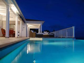 Villa Henson,St Barts using 2 bedrooms (4 pers), Colombier