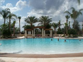 3BD/3BA Windsor Hills Resort Twnhse-close to pool, Kissimmee