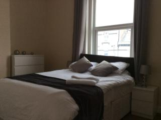 Large 8 Berth Apartment with Sea views TC2.3