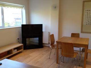 4 Bedroom house in Finchley Central, London