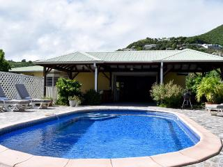 A Well Located Villa for Your Family and Friends, Orient Bay
