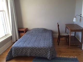 Bright, furnished apartment in great neighbourhood, Haliburton