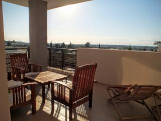 Luxurious 1 bedroom flat with sea view, Oroklini