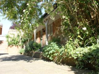 East Coker 4* Gold Award Cottage with Indoor Pool