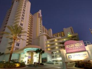 OCEAN WALK 2 BEDROOM DELUXE, Daytona Beach