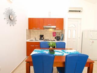 Apartment 2117, Banjole
