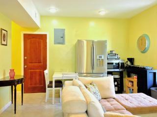 Furnished Apartment at Maclay Ave Bronx, Nueva York