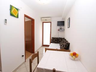 Apartment 1732