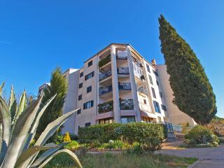 Apartment 2369, Pula