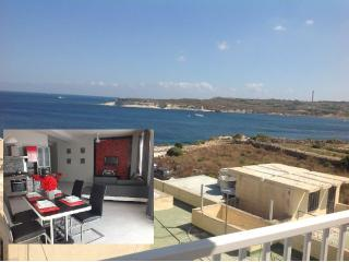 Sea view brand new penthouse  next to  the beach, Marsascala