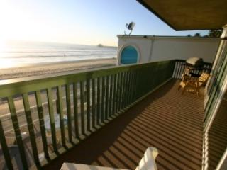 Cottage Charm gorgeous full ocean view on the strand Beach Front - Ps. 29:11