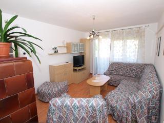 Apartment 1382