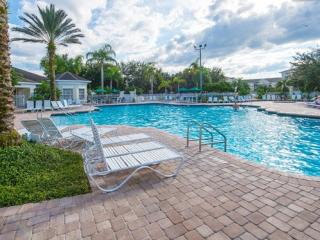 WINDSOR PALMS (2305BP) - Groundfloor 3BR 2BA Condo in gated Resort, close Disney
