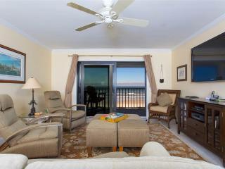 Windjammer 314, 3rd Floor Luxury Beach Front, Newly Updated, Elevator, HDTV, Saint Augustine