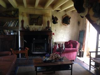 Sainte-Suzanne, la ferme du Prieuré ND du Désert, Breteuil