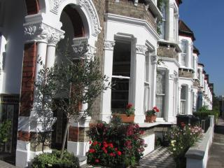Beautiful rooms in classic Victorian house zone 2, Londres
