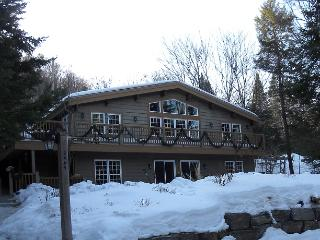 Mountain view - 5 bedroom +, hot tub, Mont Tremblant