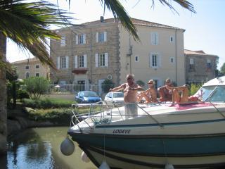 charmante B&B aan de oever van het Canal du Midi, Le Somail