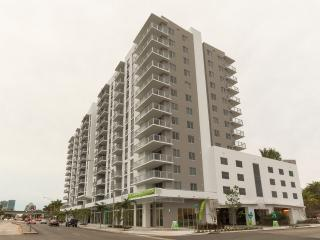 Modern 2br Suites in Coconut Grove