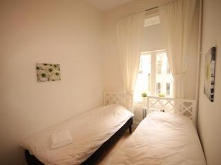 2 Bedroom Apartment in Gothenburg Center - 5270