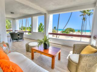 Incredible Oceanfront 3 Bedroom Apartment S-B201, Bávaro