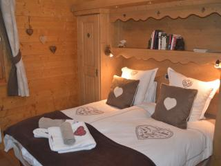 Samoens Luxury 2 bed 2 bathroom, in centre 58sqm