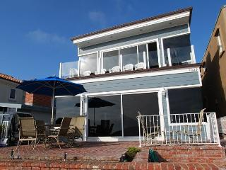 Luxury Oceanfront Lower Duplex - Amazing Views - Large Private Patio!