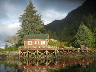 Stack Clan House Lodge, Naha Bay Loring Alaska