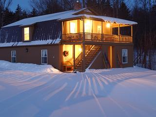 Sweet Retreat Guesthouse on 400 Scenic Acres, Northfield